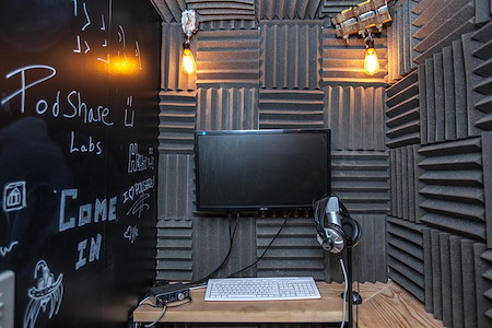 PodShare Hollywood/Vine - Sound Recording Booth