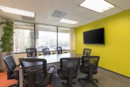 (GTW) Gateway Plaza - Premium Office