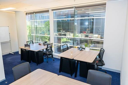 Servcorp Southbank Riverside - 8 person private office - natural light
