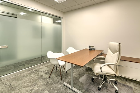 Fusion Workplaces - Palm Desert - Office 102