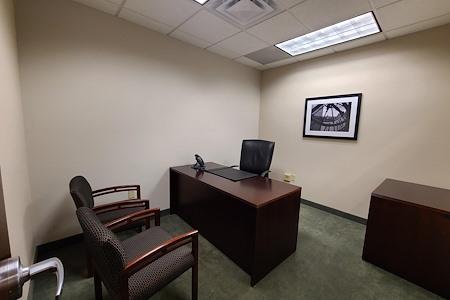 AEC - Radnor - Private Office