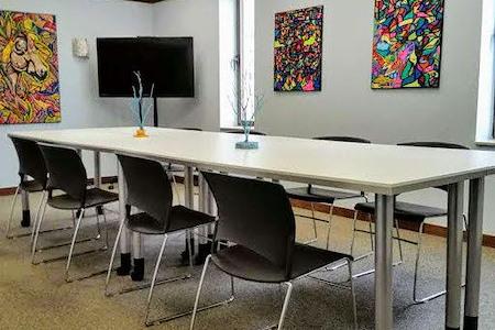 mindwarehouse - Suite 801 Presentation Room