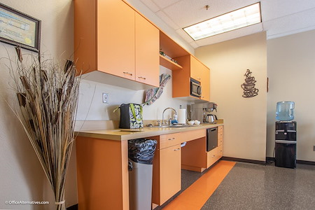 Office Alternatives Westside - Full Service Executive Office Onsite