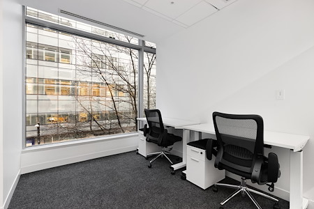 iQ Offices   550 Robson St - Office Suite for 2