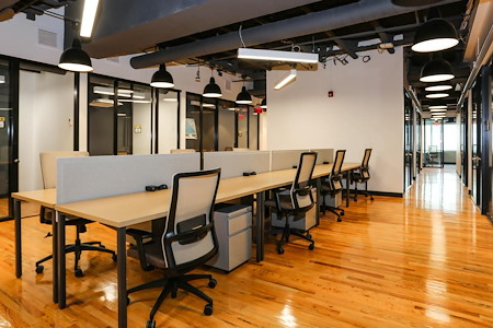 Venture X | Downtown Orlando - Dedicated Desk