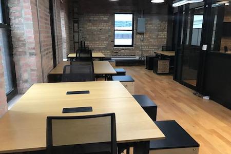 rent24 - 444 N. Wabash - Team office: NW-1