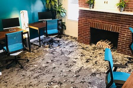 En Masse Coworking - Birch Office