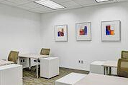 Carr Workplaces - Las Olas - Dedicated Desk