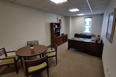 Carr Workplaces - The Willard - Exterior Office 420
