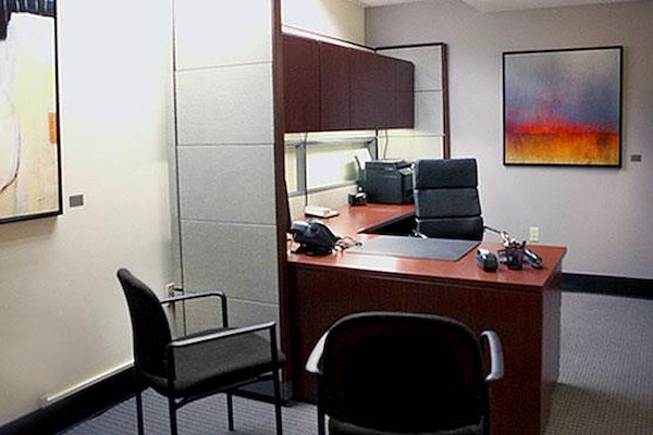 ExecuSuites Downtown LLC - Interior Office