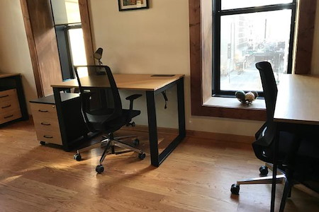 rent24 - 444 N. Wabash - Corner Space Office