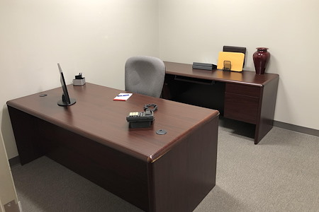 TKO Suites Arlington - 2 Person, Interior Office Move In Ready!