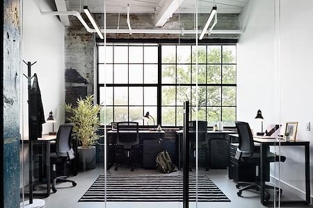 Bond Collective Greenpoint - 4 Desk Private Office(Interior & Window)