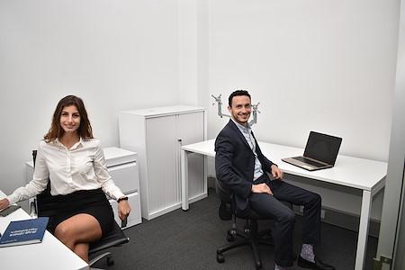 iShare incubator - Office 1