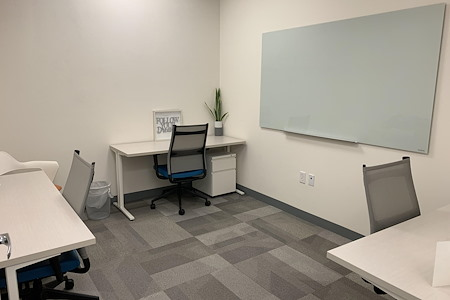 Office Evolution - Tysons Corner - Office 116