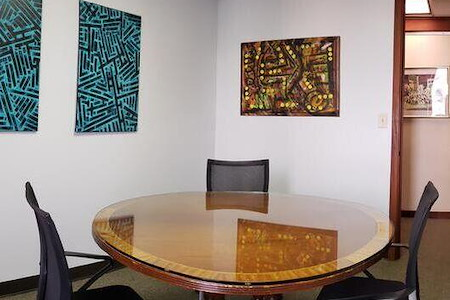 mindwarehouse - Suite 805 Meeting Room