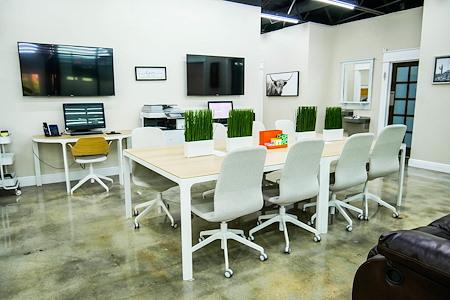 WorkSpace225 - Open Desk