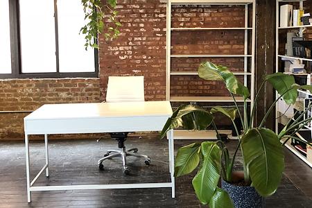 Slash Projects - Charming desk open in Loft