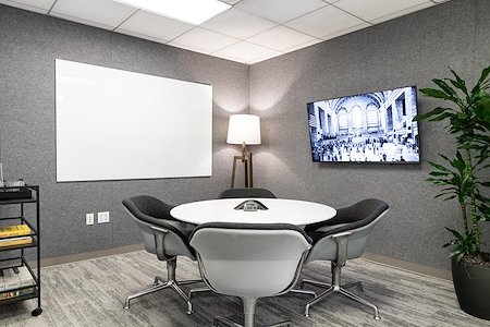 Helix Workspace - 295 Madison Avenue - Strategy Room