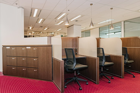 Servcorp Gateway - Dedicated Desk | 24/7 Access