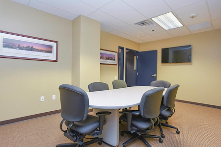 TKO Suites - 300 Delaware - Conference/Meeting Room