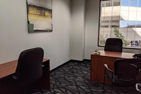 Pacific Workplaces - Oakland - Monthly Private Office 57