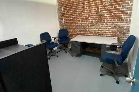 Office Space in Downtown Pomona - Office 4