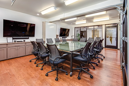 Shift Workspaces | Corona - Conference Room A