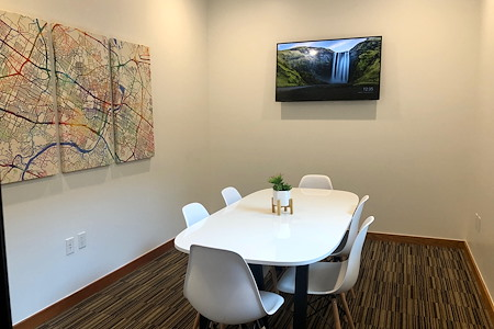 Draper Startup House Austin - Downtown Mid Size Conference Room