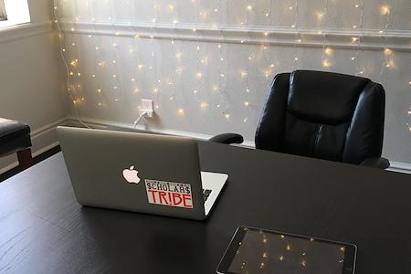 UpLevel Works - Dedicated Desk