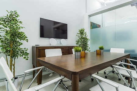 Carbon Wynwood - Conference Room