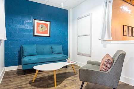 Second Shift - Lounge Room For 3 People