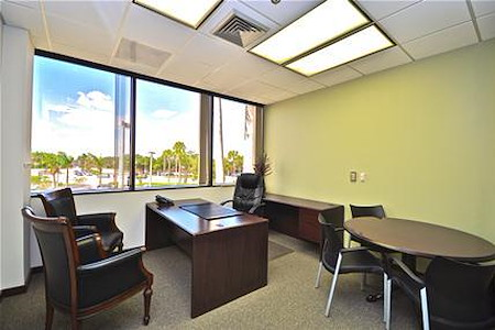 Quest Workspaces- Boca Raton - Window Office