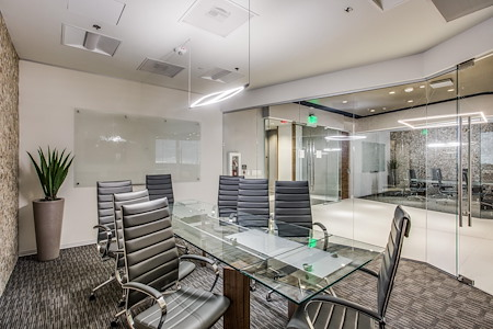 WORKSUITES- Sugar Land - Boardroom 2