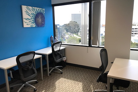 Regus | LAX Continental Grand - Office 108