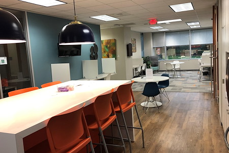 Office Evolution - Houston (Westchase District) - 1 Business Lounge