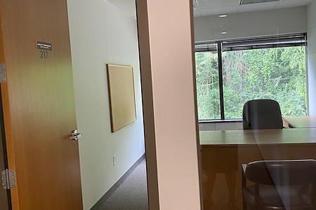 HPFY Business Center - Private Office 7