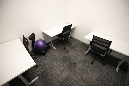 MakeOffices at River North - Interior Private office