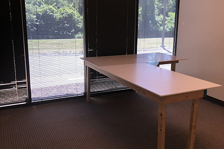 Surface Link - Private Office with a Window View