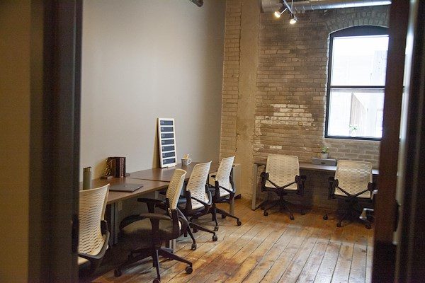 Fueled Collective – Minneapolis Northeast - Large private suite