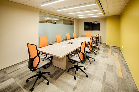 Office Evolution - Herndon - Large Conference Room for 14