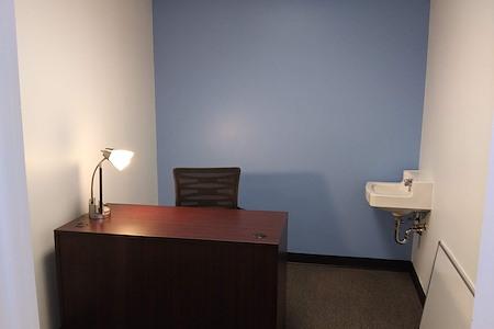 ESSENTIAL Team Advisors - Office 2