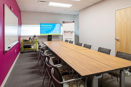 Flywheel Coworking - Meeting Room F