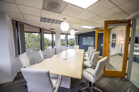 (DM1) Plaza Del Mar - Interior Office
