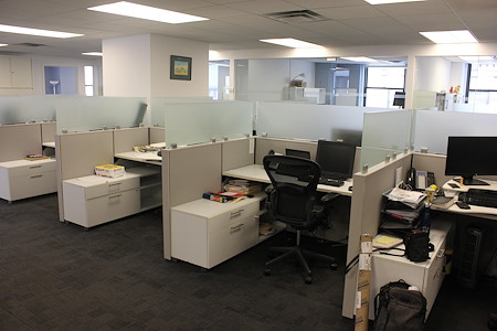 NRGI - Dedicated Desks