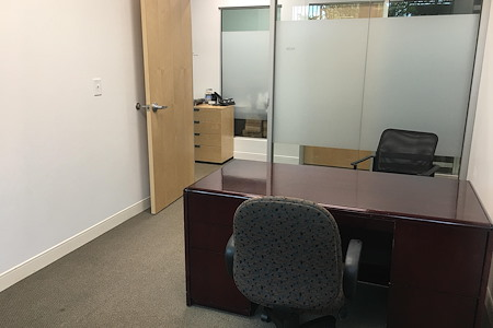 OfficePlace - Meeting and Conference Center - Executive Suite 106