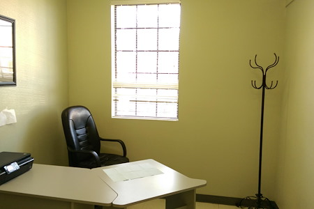 Crenshaw Professional Dental Center - Private Desk Space