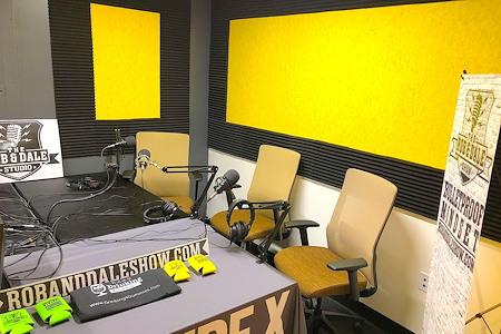 Venture X | Arlington - Courthouse Metro - Podcast Room