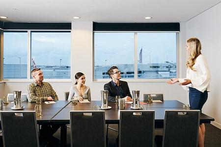 Rydges Sydney Airport - Skyhawk