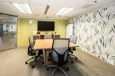 Regus | Waterfront Honolulu - Meeting Room 1